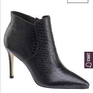 Johnston & Murphy Snake Skin Heeled Textured Boot